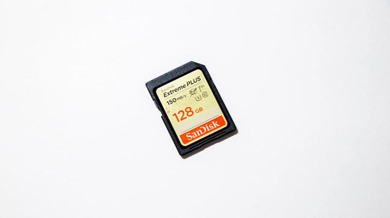 SDカードを裸で放置